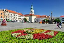 Rynek w Kromieryżu, w tle zamek biskupi