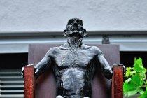 Rzeźba na deptaku w Vaduz
