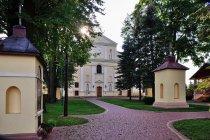 Sanktuarium Matki Bożej Pocieszycielki Strapionych w Wielkich Oczach