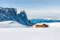 Sciliar, w tle Alpy Sarntalskie