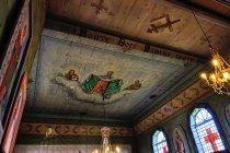 Sufit cerkwi w Piorunce