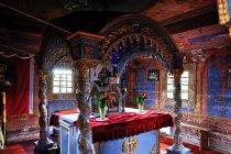 Święty ołtarz w cerkwi w Skwirtnem