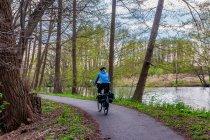 Szlak rowerowy wzdłuż kanału Finow
