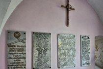 Tablice z nazwiskami żołnierzy poległych w 1939 roku