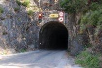 Tunel na wyspie Hvar. Fot. Danilo Tic