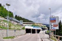 Tunele w Madonna di Campiglio