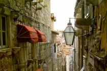 Uliczka Dubrovnika. Fot. Tony Bowden