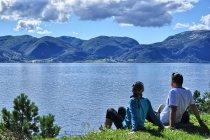 Upalny dzień nad Sognefjordem