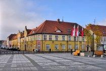 Urząd Miejski przy Placu Wileńskim w Drezdenku