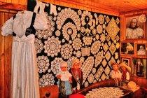 W Muzeum Koronki w Koniakowie