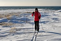 W śniegowych zaspach nad Morzem Bałtyckim