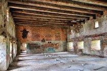 Wewnątrz zamku w Pieniężnie