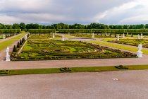 Widok na ogrody z zamku Herrenhausen