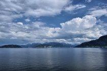 Widok z przeprawy promowej przez Fusafjord