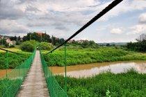 Wiszący most na Wisłoku w Strzyżowie