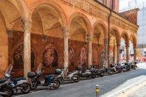 Włoskie skutery i włoska architektura