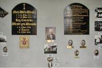 Wnętrze grobowca w Steblewie