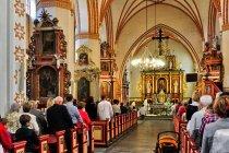 Wnętrze kościoła św. Mateusza w Nowem