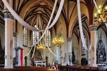 Wnętrze kościoła w Pieniężnie