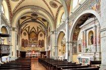 Wnętrze kościoła w Spiazzo
