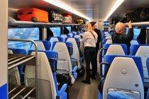 Wnętrze wagonu pociągu Flirt