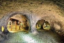 Wydrążone podziemne jamy rezerwatu