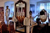 Wystawa tradycyjnych strojów cieszyńskich