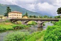 Zabytkowy most w Arco
