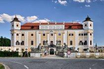 Zamek w Miloticach
