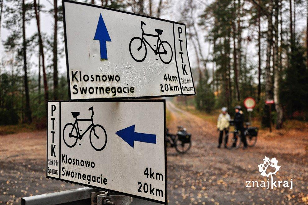 Bogactwo rowerowych drogowskazów