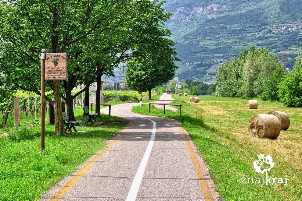 Droga rowerowa w dolinie Adygi
