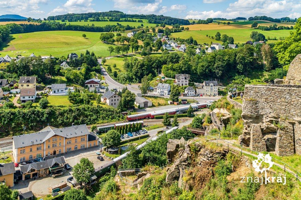 [Obrazek: gorzysty-krajobraz-rudaw-w-wolkenstein-r...-06168.jpg]