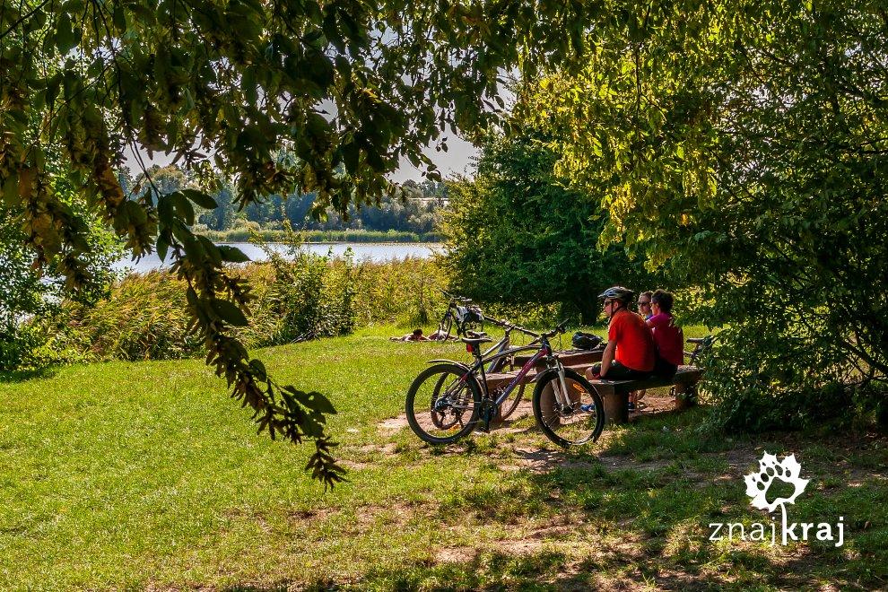 jezioro-swarzedzkie-miejsce-odpoczynku-w