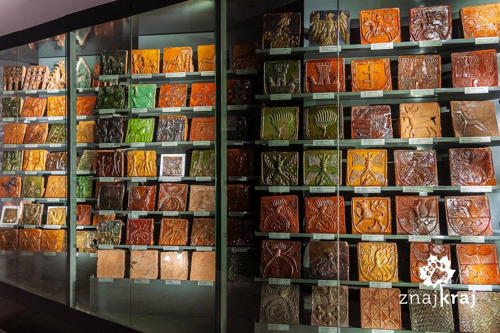 kolekcja-kafli-w-muzeum-w-gnieznie-wielk