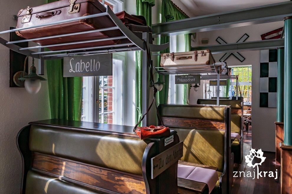 [Obrazek: restauracja-czy-przedzial-pociagu-hotel-...a-6459.jpg]