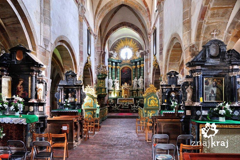 Wnętrze kościoła w opactwie cystersów w Sulejowie