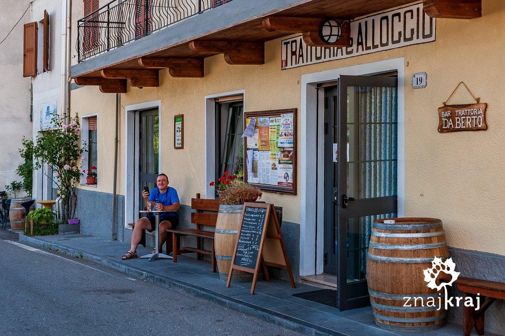 Trattoria Da Berto w Monchio delle Corti