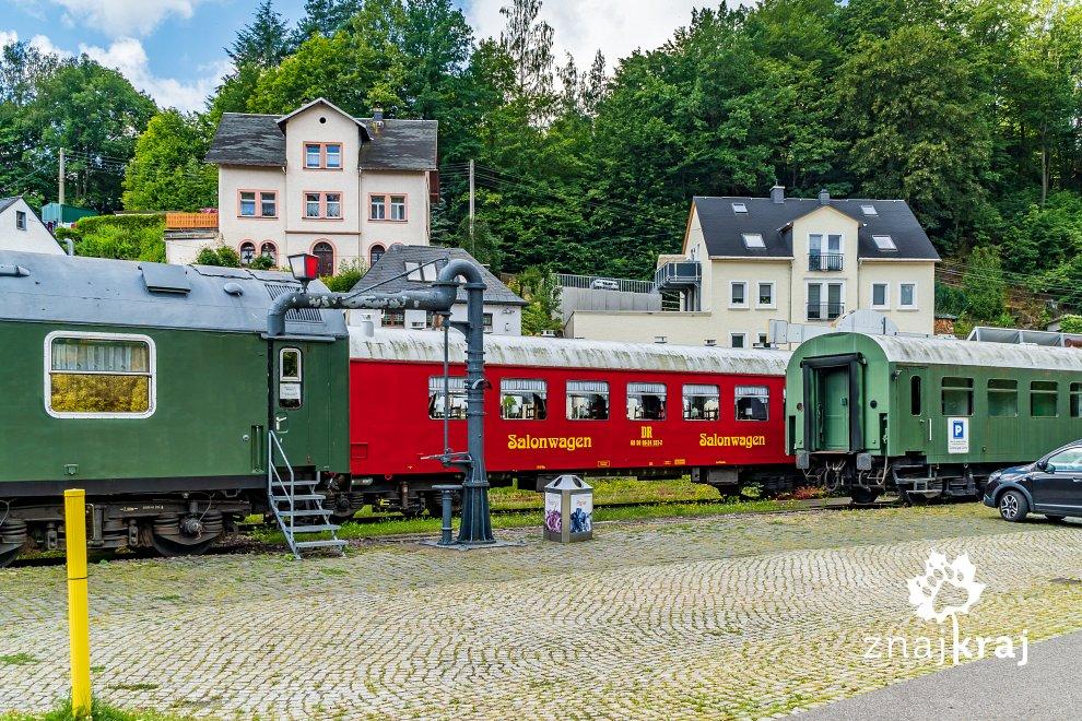 [Obrazek: wagony-hotelowe-w-zughotel-wolkenstein-r...-06089.jpg]