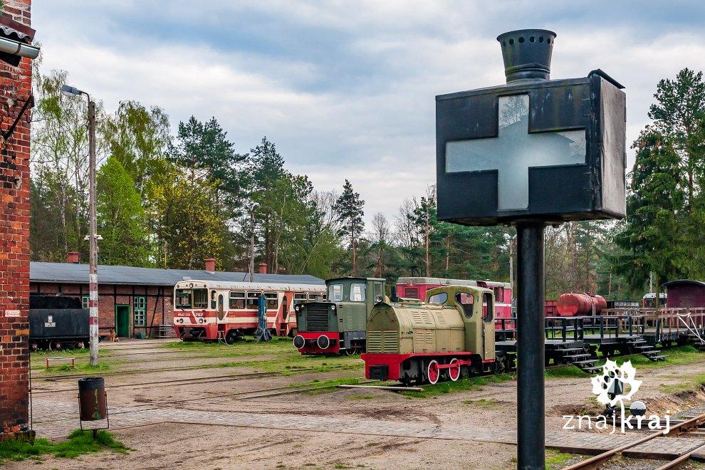 [Obrazek: zabytkowa-stacja-waskotorowki-w-rudach-s...a-3119.jpg]
