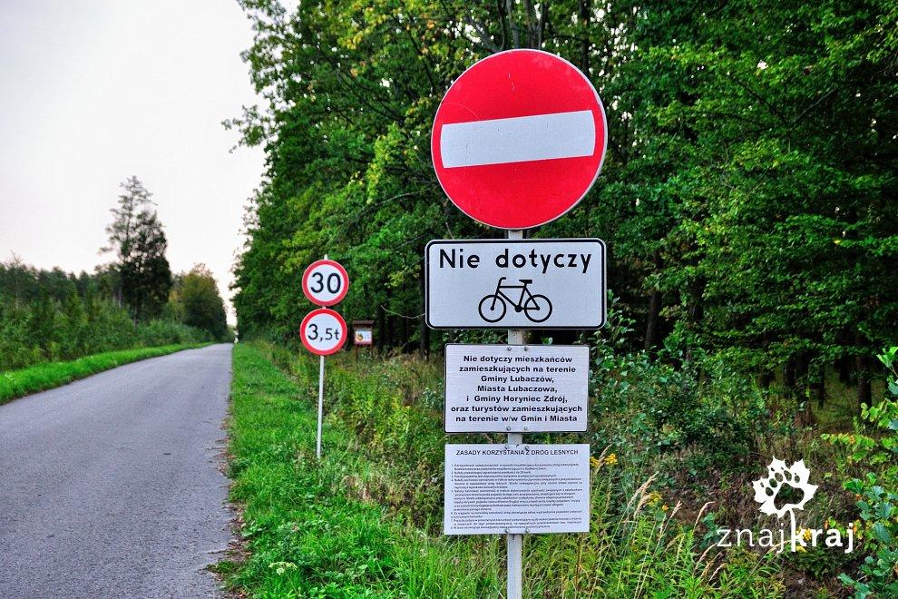Zakaz wjazdu nie dotyczy rowerzystów