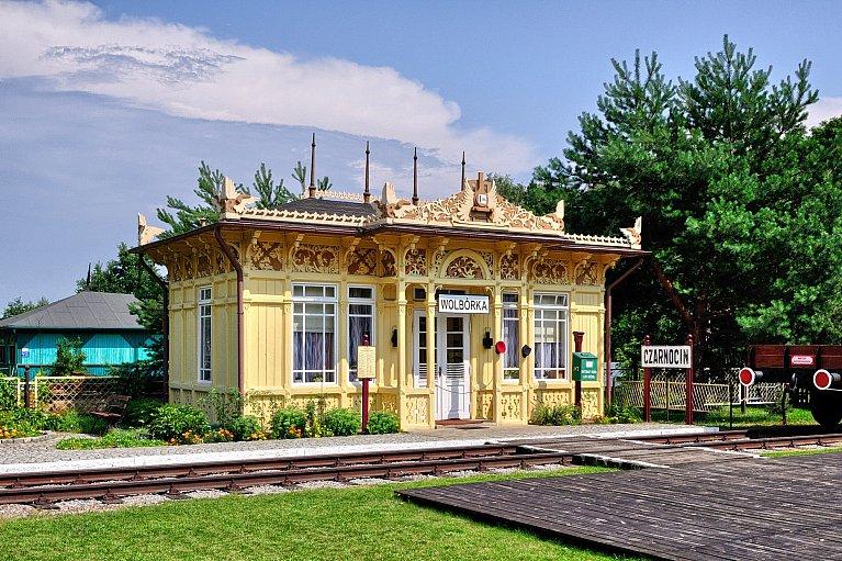 Dawny przystanek kolejowy Czarnocin