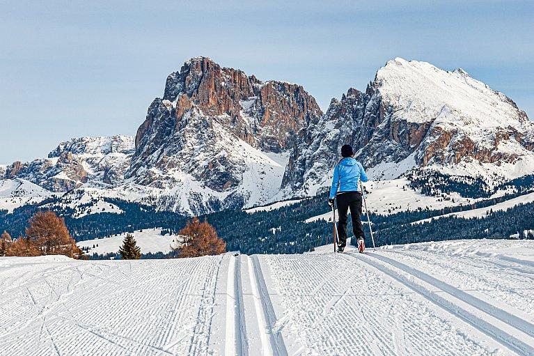 Na biegówkach pod Sasso Lungo w Dolomitach