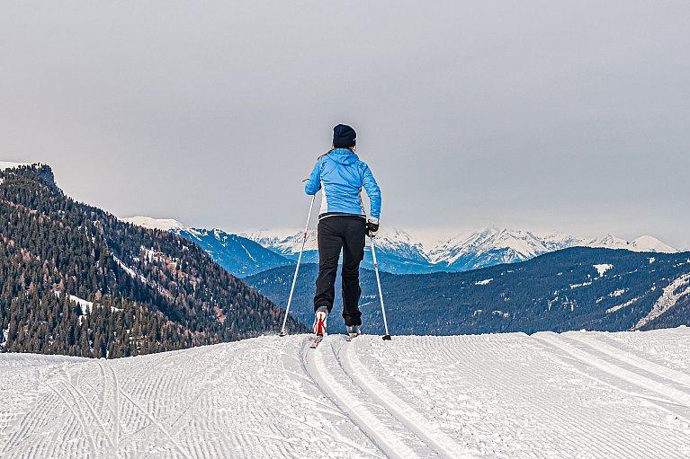 Ola na biegówkach w Dolomitach