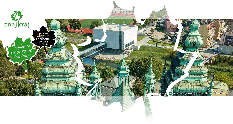 Brama Poznania między wieżami archikatedry