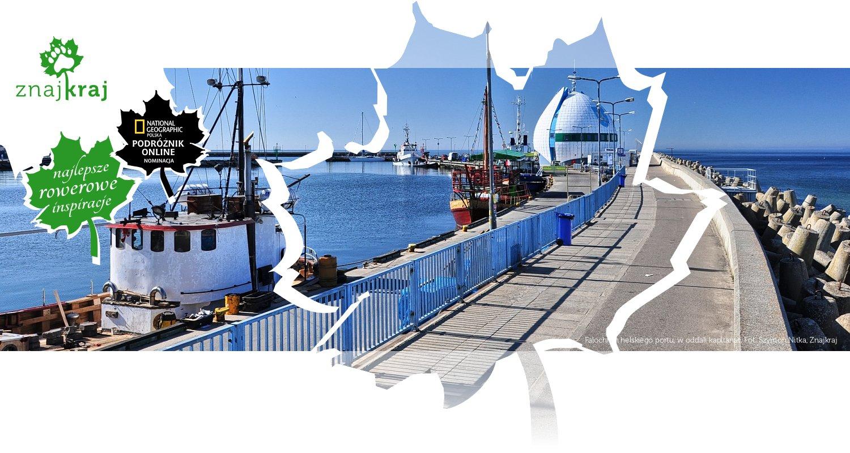 Falochron helskiego portu, w oddali kapitanat