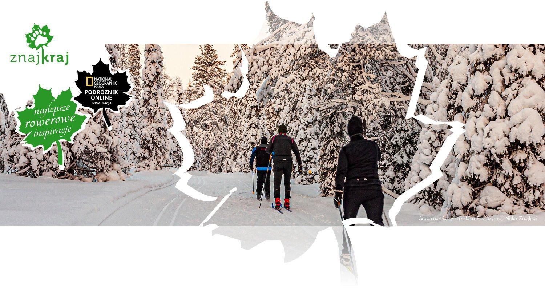 Grupa narciarzy na szlaku