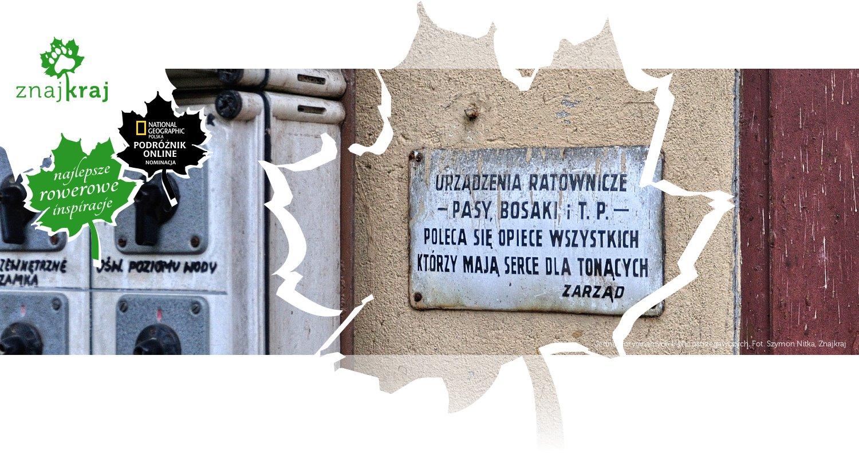 Jedna z oryginalnych tablic ostrzegawczych