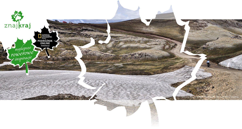 Śnieżne łaty w górach Islandii