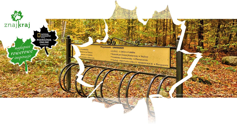 Stojak rowerowy przy kurhanach