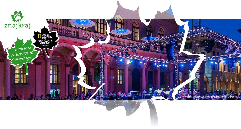 Uliczny koncert w Bolonii